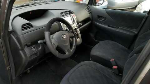 Toyota Ractis 2006 - 7