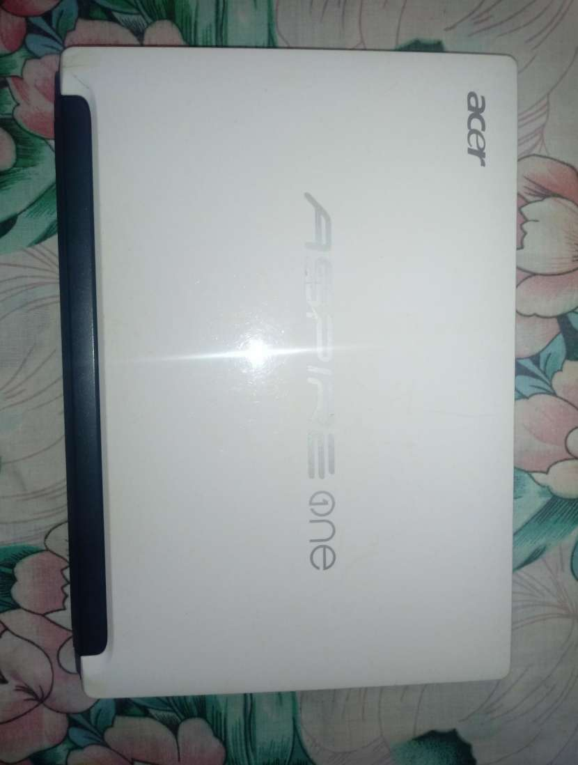 Acer Aspire One - 0