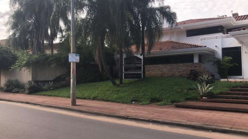 Residencia en villa morra - 3
