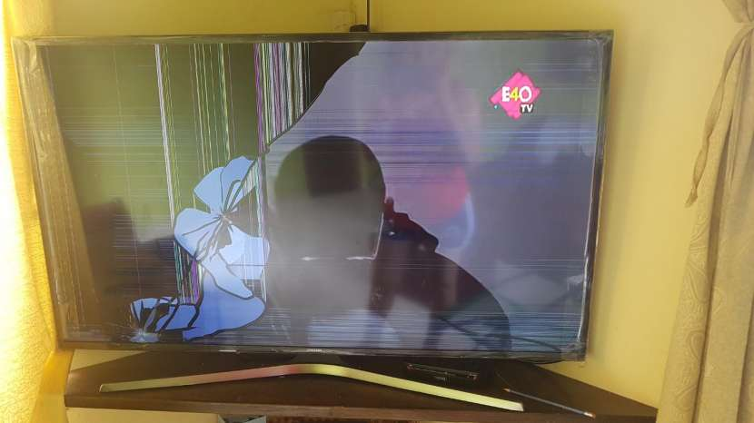 TV Samsung de 49 pulgadas serie 6 para repuesto. - 3