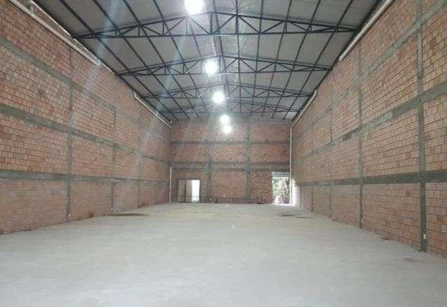 Depósito en San Lorenzo zona fabrica de niko A1645 - 2