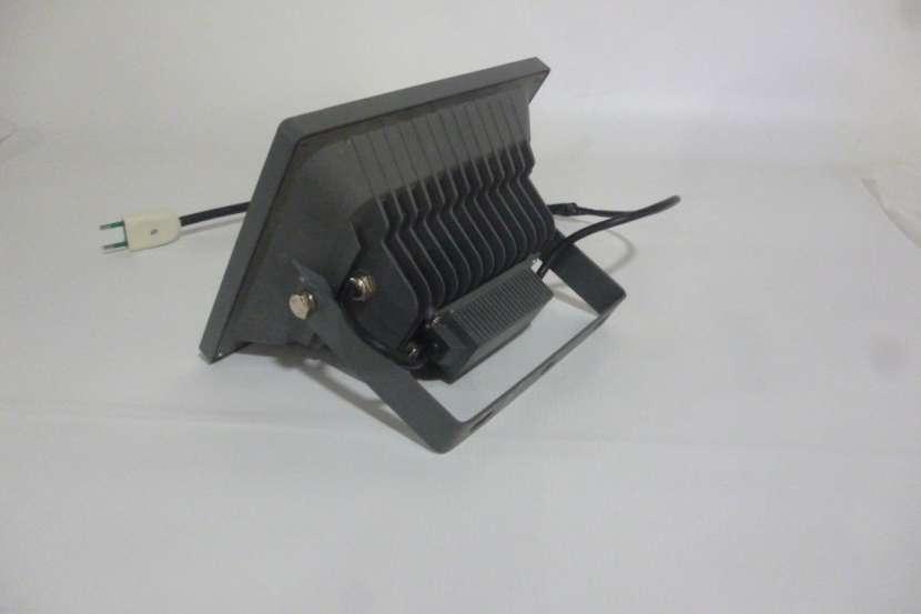 Reflector Led 30W 220V Alta Potencia ip66 aluminio exterior - 2