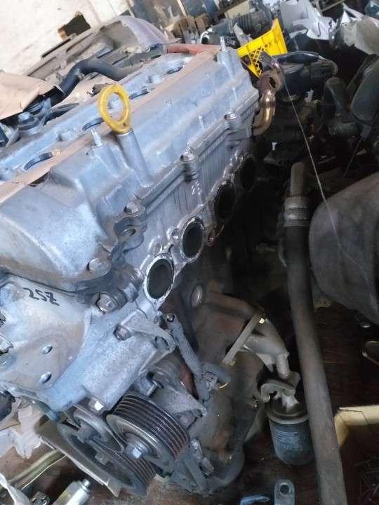 Motor 2SZ fe 1300cc pelado - 1