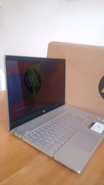 Notebook HP Pavilion Core I7-8550U - 0