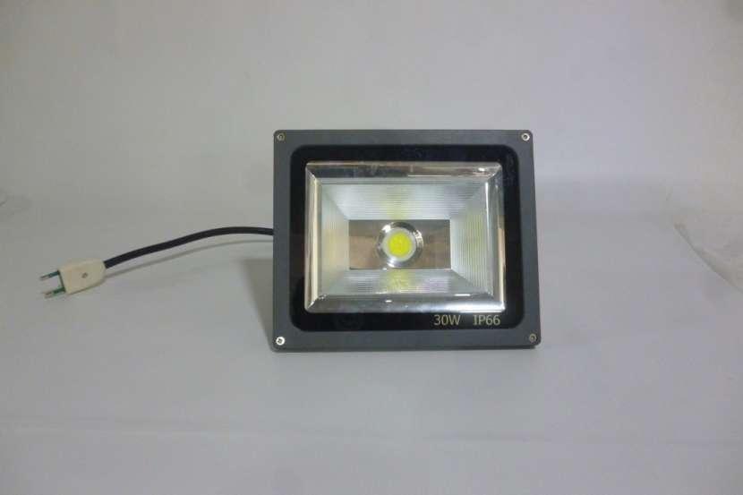 Reflector Led 30W 220V Alta Potencia ip66 aluminio exterior