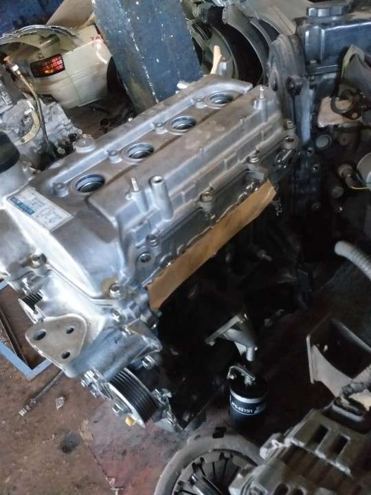Motor 2SZ fe 1300cc pelado - 6