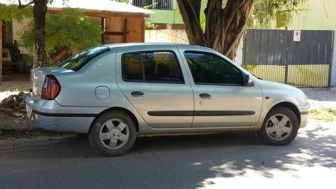 Renault Clio - 1