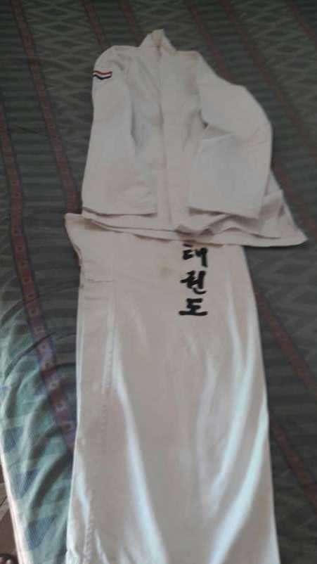 Uniforme para taekwondo - 1