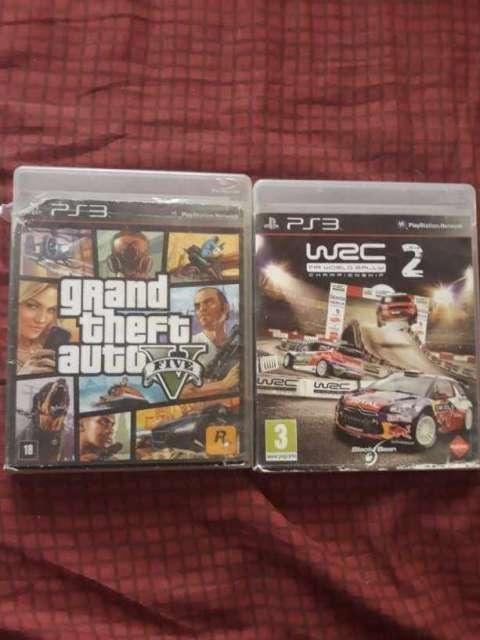 PS3 super slim con un control y 2 juegos - 1