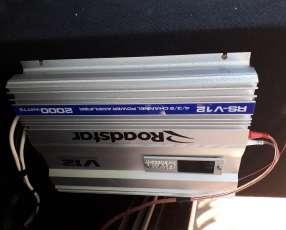 Caja trío con amplificador de 2000 watts