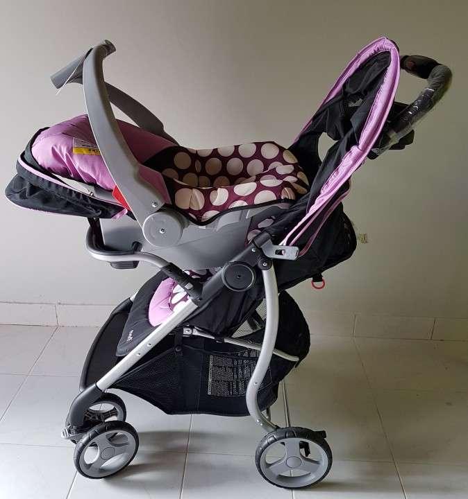 Carrito con baby seat - 2