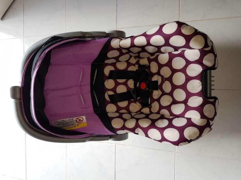 Carrito con baby seat - 1