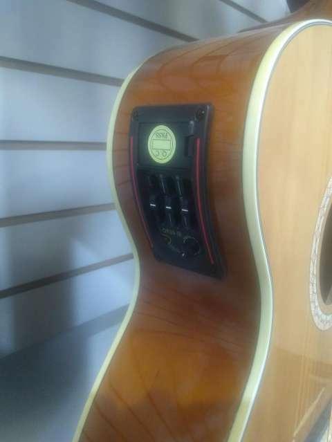 Guitarra Aranguez electroacústica - 1