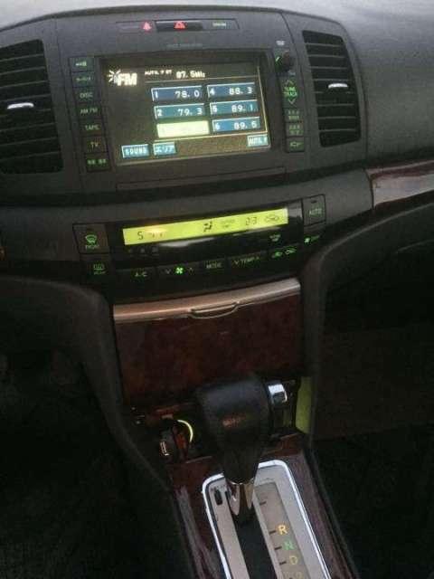 Toyota Allion 1.5 full automático 2004 - 5