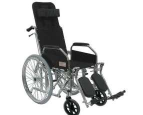 Silla de ruedas con relajación de piernas y espaldas