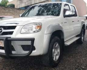 Mazda bt-50 4x4 2012 color blanco