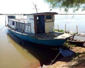 Barco de 18 toneladas de capacidad de carga