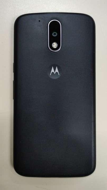 Moto G4 Doble-SIM 16 GB - 0
