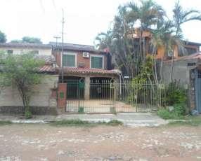 Casa en Loma Pytá