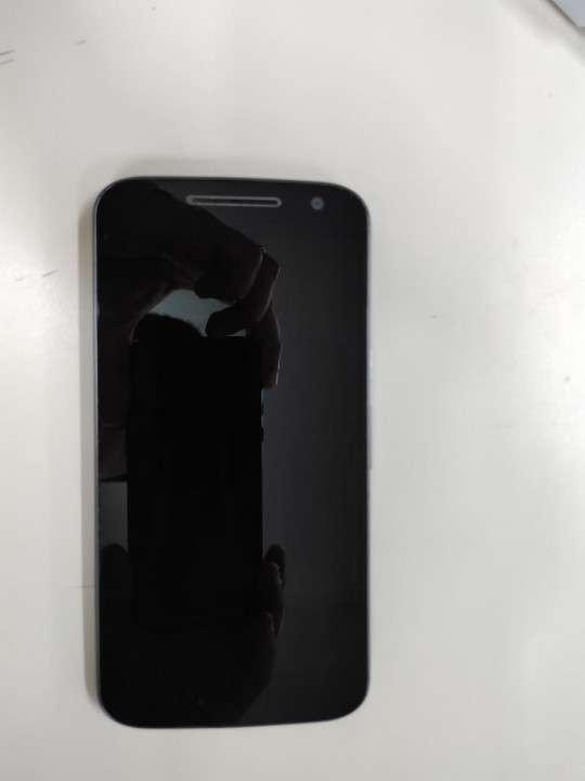 Moto G4 Doble-SIM 16 GB - 1