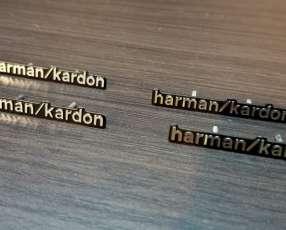 Emblemas de Harman kardon para tapa de parlantes de Mercedes