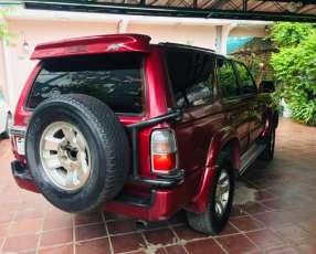Toyota Hilux Surf Motor 3.0 turbo diésel