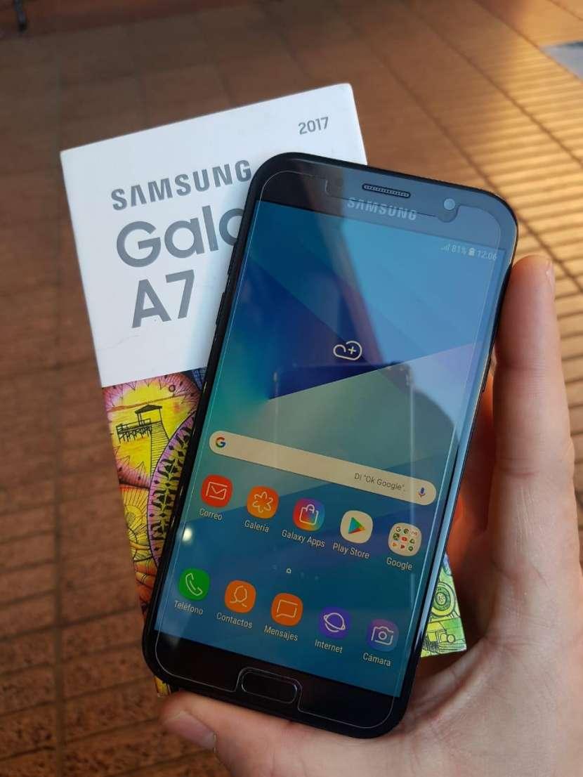 Samsung Galaxy A7-7 - 0
