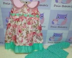 Cconjunto de vestido con abriguito de crochet