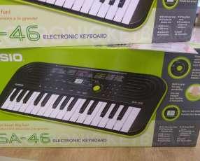 Mini teclado Casio SA-46