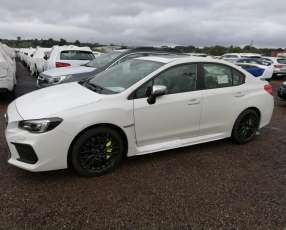 Subaru STI 2.5 turbo 305 hp