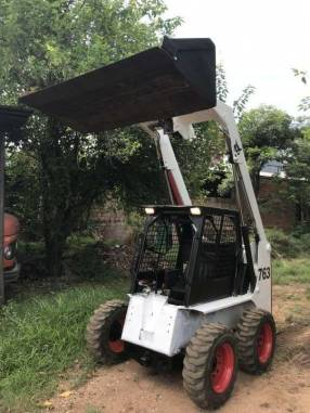 Tractor bobcat