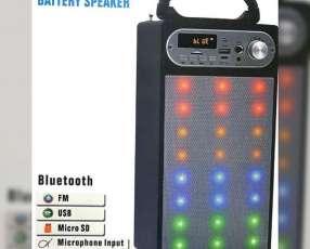 Speaker con microfono