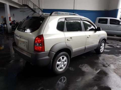 Hyundai Tucson 2005 - 2