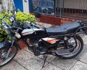 Moto Kenton GL