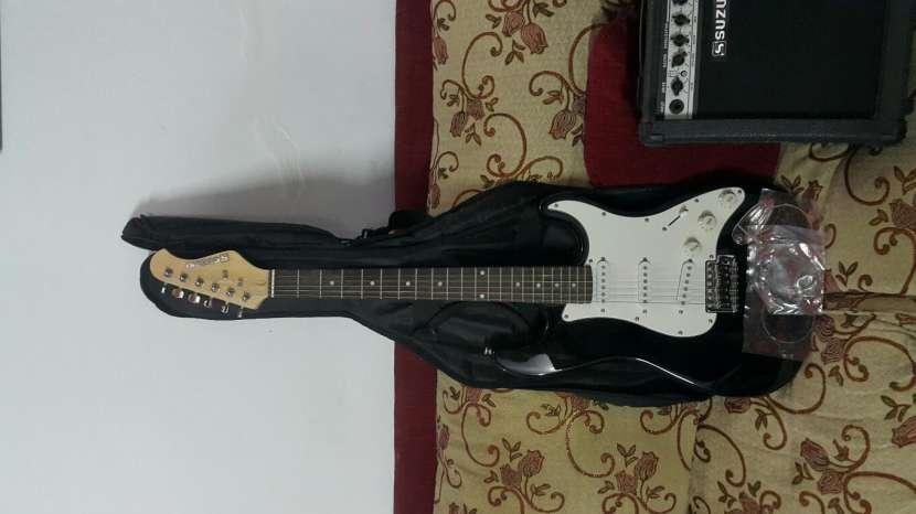 Guitarra Suzuki+Amplificador - 2