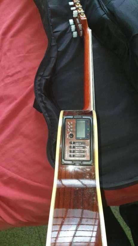 Guitarra acústica - 5