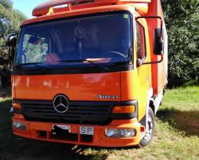 Mercedes Benz 815 2000