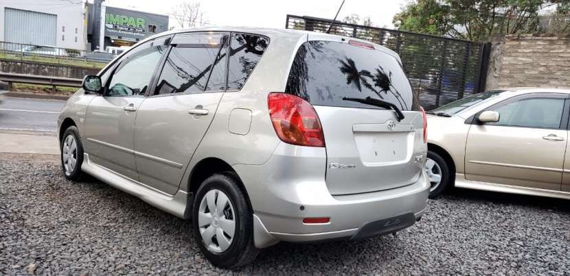 Toyota New Spacio 2001 - 3