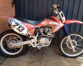 Motocross Honda crf 230