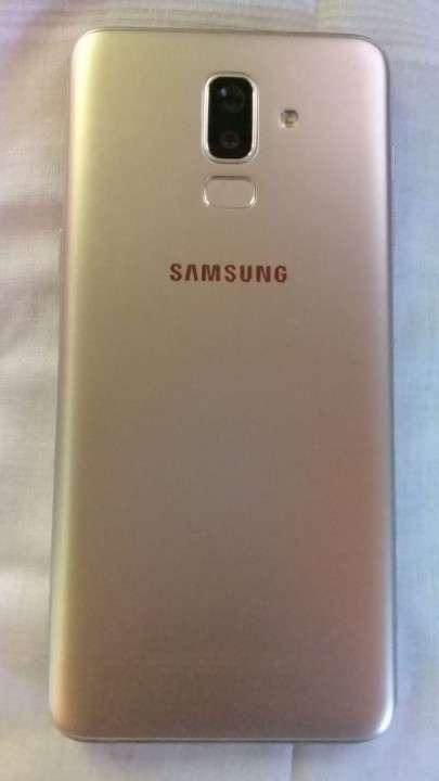 Samsung Galaxy J8 2018 - 0