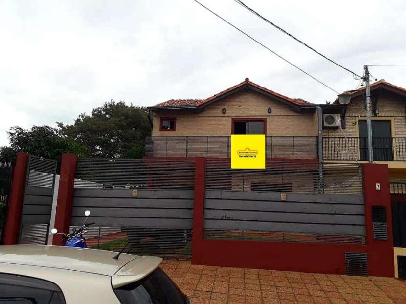 Duplex en Lambaré barrio san isidro Y5189