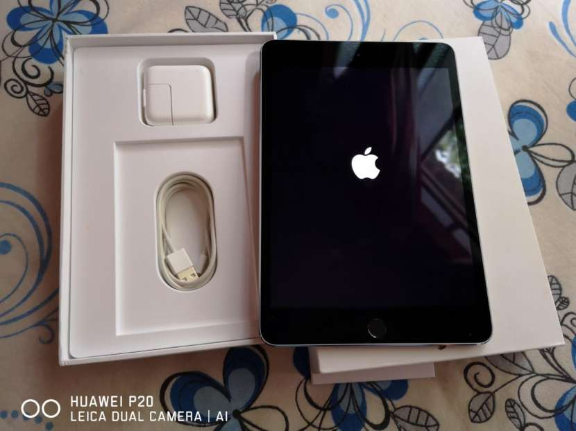 Apple Ipad 4 mini 128gb sin detalles - 1