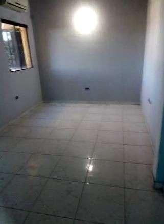 Departamento amplio de 2 dormitorios en Lambaré - 1