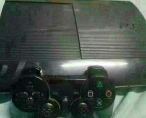 Playstation 3 con un control y 15 juegos cargados