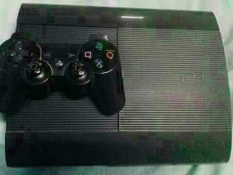 Playstation 3 con un control y 15 juegos cargados - 1