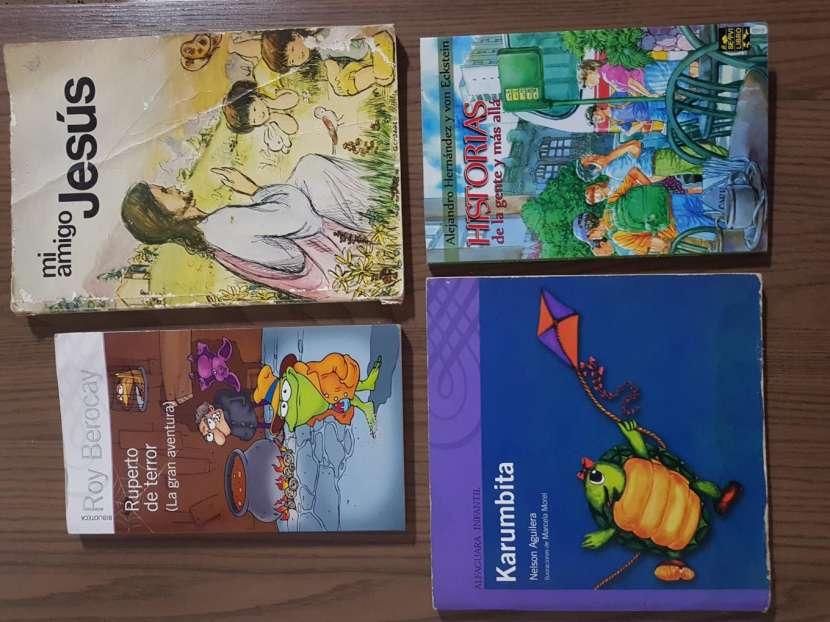Cuatro libros por ese precio - 0