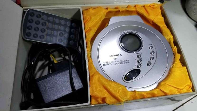 Reproductor de Discos MP3 y VCD Kunica - 0