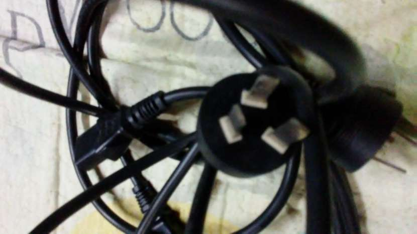 Cables power y cable VGA para pcs. - 1