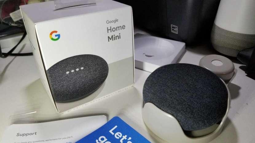 Google Home Mini con base - 1