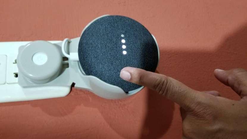 Google Home Mini con base - 6